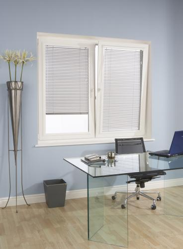Venetian Blinds in Metal and in the Perfect Fit System