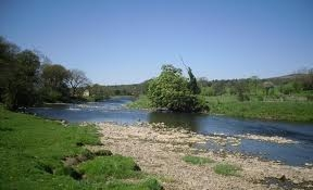 The River Ribble is just a few minutes walk away - enjoy a ramble along its banks