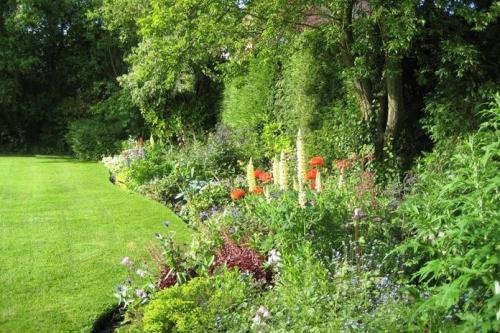 Michael Wheat Pond And Garden Design Garden Design In