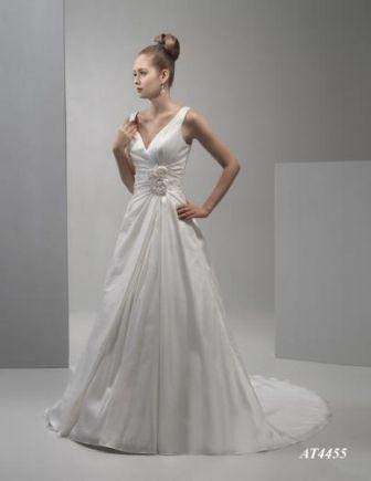 Joy wedding dress AT4455 in taffeta with straps