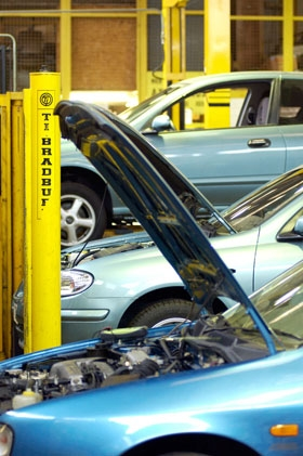 582602 Service Station Penarth South Glamorgan Lavernock Road Service Station Mot Testing
