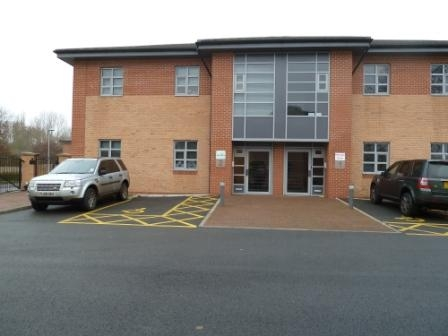 2 Nursery Court Kibworth Leicestershire LE8 0EX.. 2 starter office units of 380sq ft and 440 sq fr from £100 per week