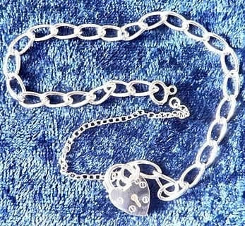Light Curb Charm Bracelet