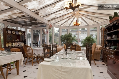 Large Breakfast Room