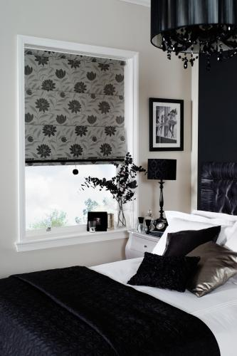 Roman Blinds in plain and patterened materials