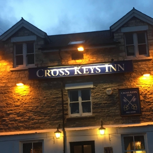Cross Inn 02