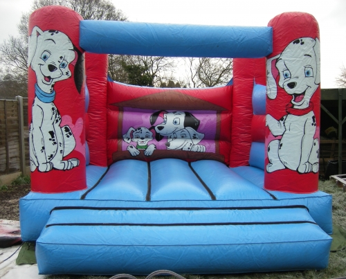 CHILDS BOUNCY CASTLE 12X12 FOOT