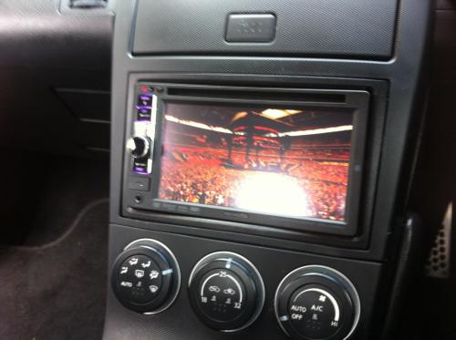 Pioneer Double Din in a Nissan 350Z