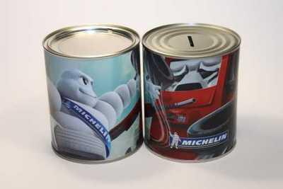 Large savings tin