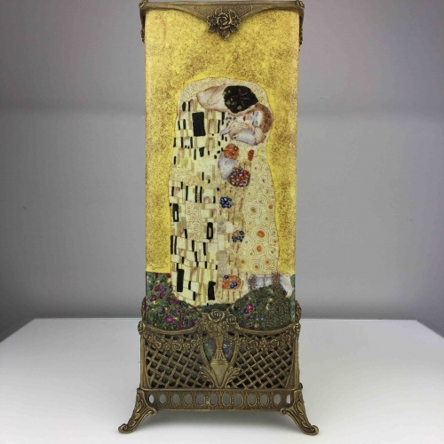 Antique ceramic vase in brass with paint The Kiss by A. Klimt