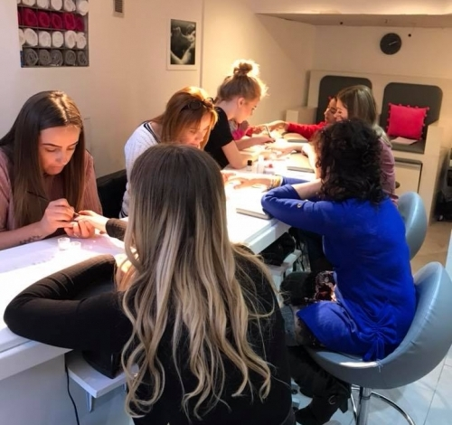 Nailzone Queen Street In Store