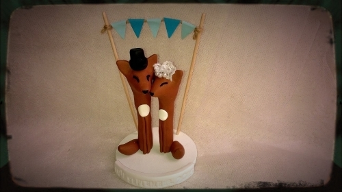 Fox Wedding Cake Toppers with Free Base and Free Cake Bunting