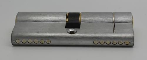 Versa Cylinder Pin View