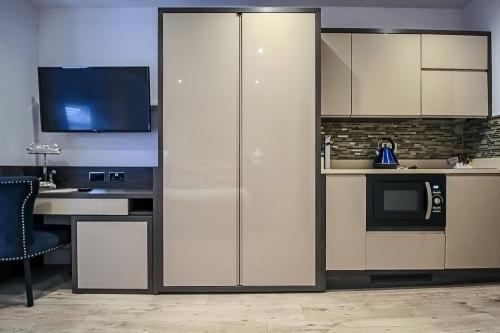 Urban Suite Kitchen