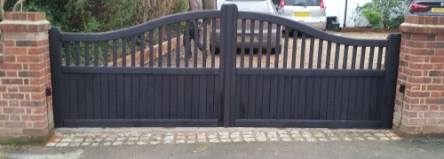 Swan Neck Spindle Driveway Gates Western Red Cedar Black