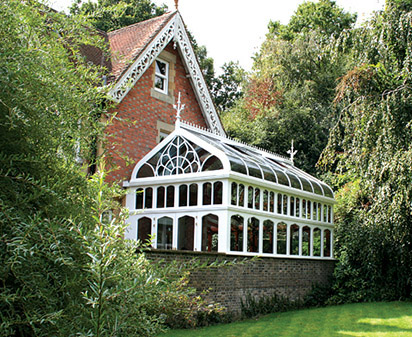 Award winning gothic style oak conservatory with curved glass