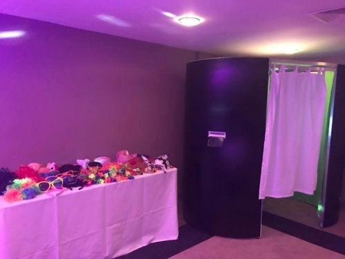 Photo Booth Hire Croydon Near Me Photography Service Wedding And Party Photo Booth Rental Www Soundofmusicmobiledisco Com Photoboothhire Photoboothcroydon Photoboothcroydonnearme Photoboothnearme