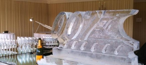 007 Logo Ice Sculpture