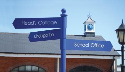 Wide range of fingerpost signage