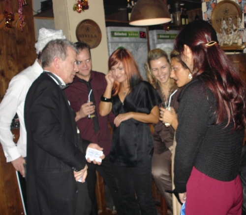 Magician Edinburgh - Party Magic
