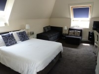 Room6p1020122
