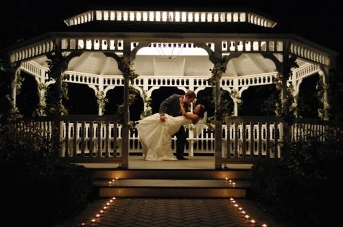 Wedding gazebo iluminated at night