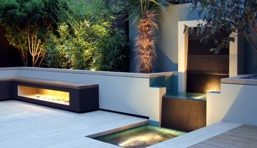 Contemporary garden in regent's Park