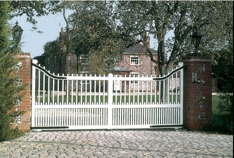 Drop Top Spindle Wooden Gates - painted white