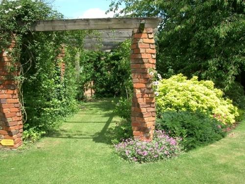 creative landscapes  gardening services in kidderminster