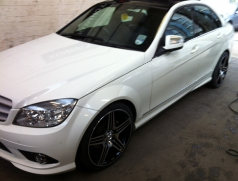 New alloys fitted to a Mercedes!